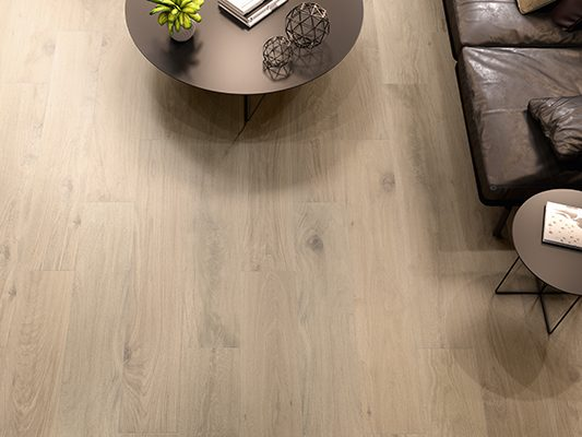 houtlook tegelvloer woonkamer